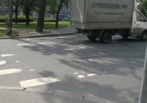 Дорожная разметка в Хабаровске растаяла вместе со снегом