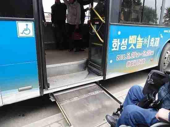 Штраф за старые автобусы получил хабаровский перевозчик