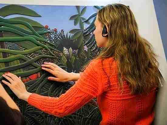 Выставка картин для незрячих открылась в Хабаровске