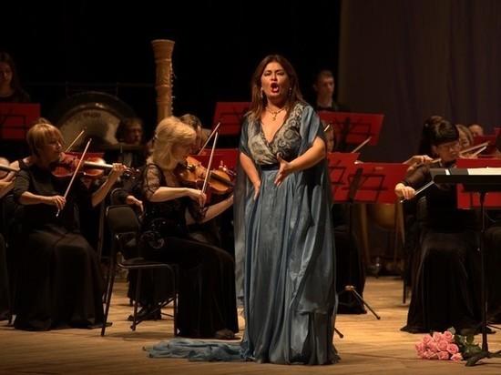 Большие гастроли: Вероника Джиоева выступила в Хабаровске
