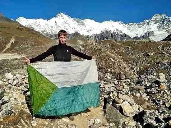Флаг Хабаровского края «подняли» над Непалом