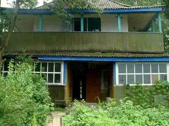 В Хабаровске снесли дом, в котором жил последний китайский император